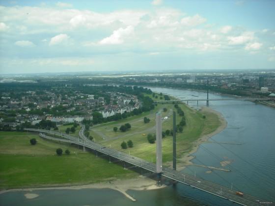 Düsseldorf-Rhein