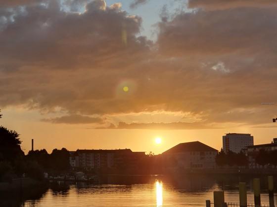 Sonnenuntergang über Bremerhaven